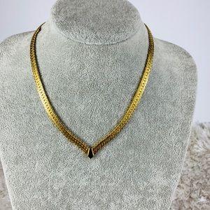 Napier Vtg Gold V Front Serpentine Chain Necklace